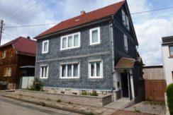 1-2 FH mit Garten in ruhiger Wohnlage in Crawinkel