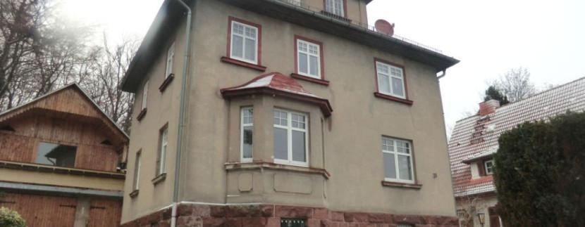 Immobilie mit 2 Garagen in Friedrichroda | *VERKAUFT*