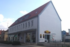 Mehrparteienhaus mit Wohnkomfort und Tiefgarage