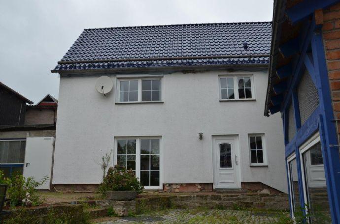 Einfamilienhaus mit Nebengelass & Platz für die ganze Familie in Toba!